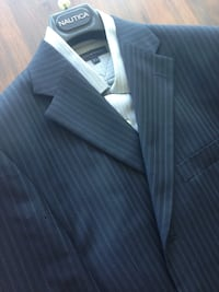 NAUTICA Men's suit 42R With free Hilfiger shirt ONLY WORN ONCE! Toronto, M4G