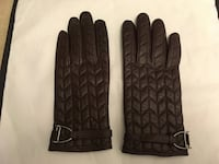 Women's Leather Gloves.  Toronto, M6N 5C6