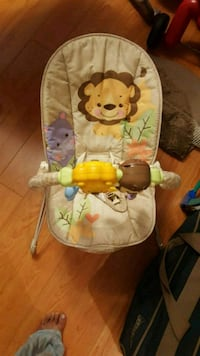 Baby bouncy vibrating chair Mississauga, L5C