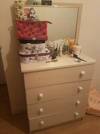 brown wooden dresser with mirror Londra, E9 7LN