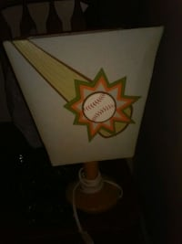 Boys (todlers) night light lamp with diff sides! Winston-Salem, 27107