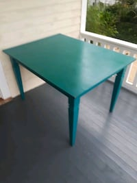 Beautiful turquoise dining table Lafayette, 70501