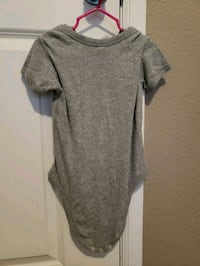 gray scoop-neck short-sleeved dress Federal Way