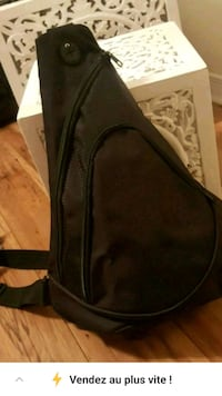 black and gray leather crossbody bag Laval, H7W