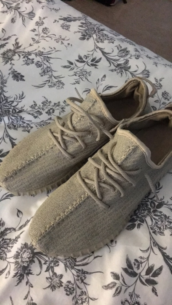 39caa3004 Used Army Tan Runners for sale in Coquitlam - letgo
