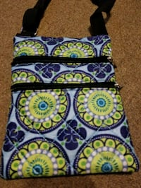 blue, green, and white floral sling bag Saint Albans City, 05478