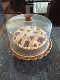 Wooden Cake Plate with Plastic Dome, @ Ceramic Cherry Pie Palmer, 18045