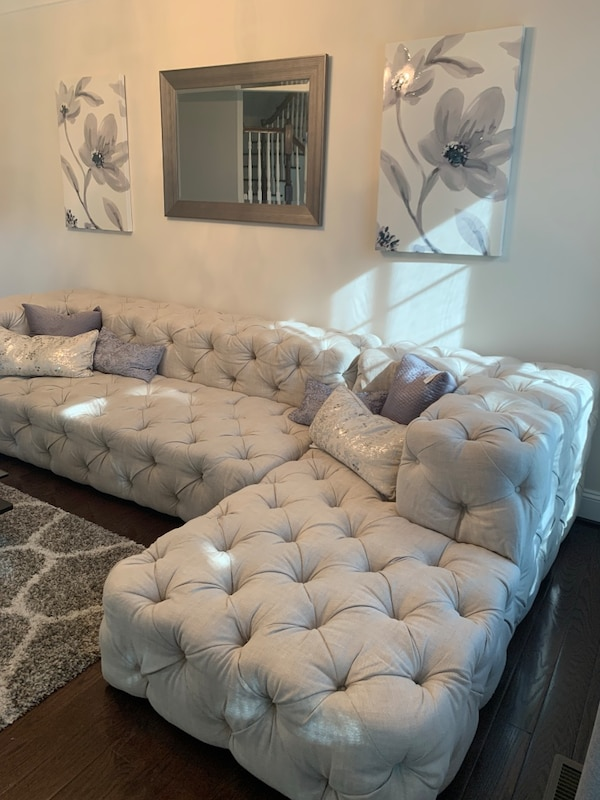 $4350 This weekend only!!-Restoration Hardware Soho Tufted Right Arm Sofa Chaise Sectional 1d105774-8245-44e5-92e0-e8862fba5523
