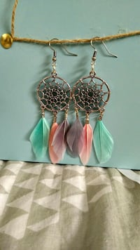 paire de boucles d'oreilles crochet dreamcatcher couleur or