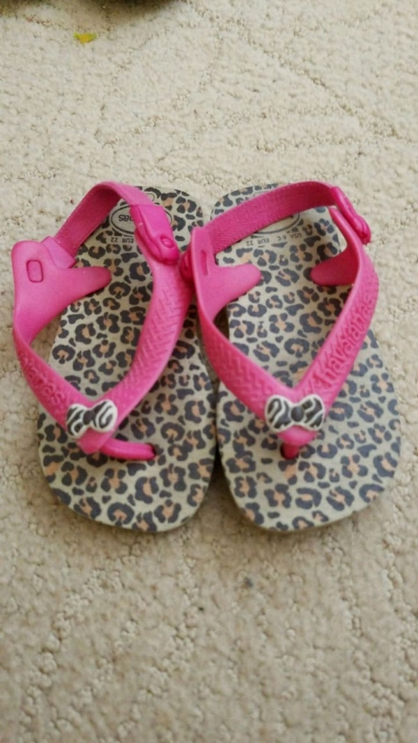 967f1d4b4 Used Toddler Havaianas flip flops with backstrap size 6 for sale in  Temecula - letgo