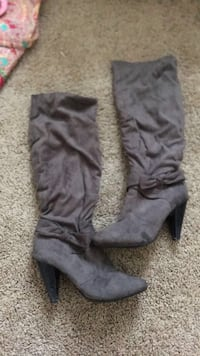 pair of gray suede knee-high boots Marion, 62959