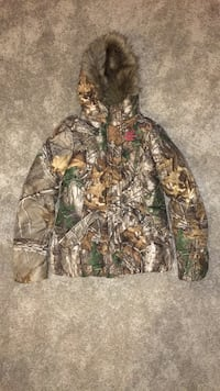 Ladies Small Realtree Jacket Hagerstown, 21740