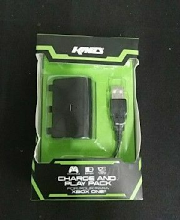 black Xbox One charge and play pack