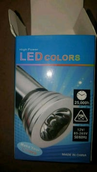 Changing colour led light with remote.. Pickering, L1X 0A8