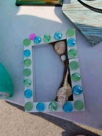 Seashell and sand picture frame Warren