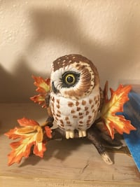 white and brown owl figure Corona, 92880