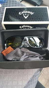 black frame Callaway wayfarer sunglasses with box 602 km