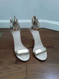 Off white Open Toe Shoes Size 11 Baltimore, 21217