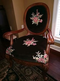 Dark brown and light red floral elegant padded chair