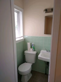 Room for rent with half bath
