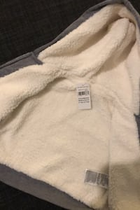 Baby hoodie gap Sherpa lined 3-6 months BNWT Abbotsford, V2T