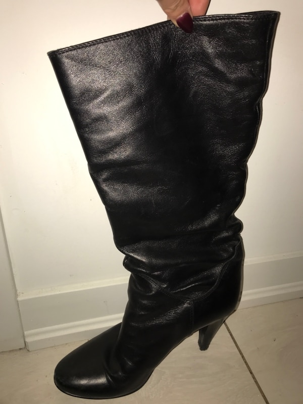 Black leather boots - size 8.5/9 709af404-00bc-4584-bf56-13784f33bdb6