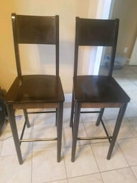 2 Wooden Bar Stools New Orleans, 70124