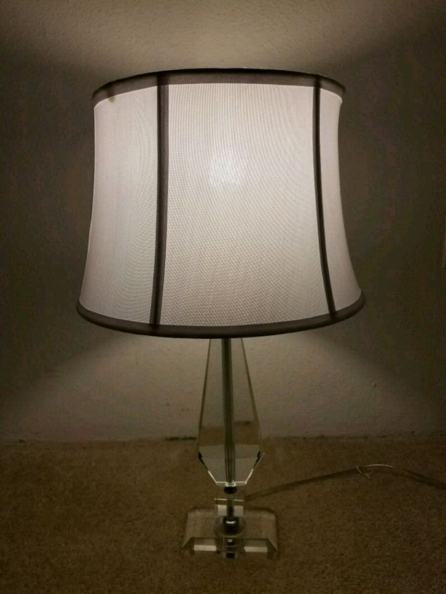 used glass table lamp with white shade for sale in lynnwood letgo rh gb letgo com