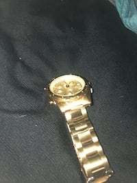 round gold-colored analog watch with link bracelet Louisville, 40272