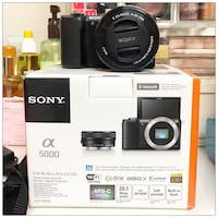 PRICE IS FIRM - Sony a5000 20.1MP Mirrorless Camera with 16-50mm Lens (MEMORY CARD IS NOT INCLUDED) Brampton, L6Y 3B8