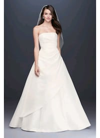 Brand new wedding dress Mississauga