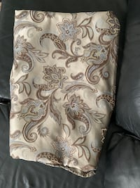 Shower Curtain like new from Bed Bath and Beyond Tampa, 33607