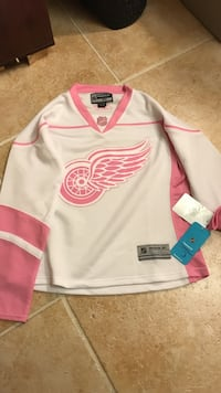 Official Pink and white Red Wings Ladies Jersey  Perrysburg, 43551