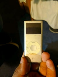 white iPod Nano 4th gen Los Angeles, 90066
