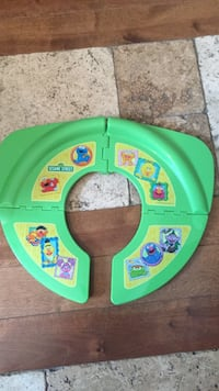 Sesame street potty trainer seat cover Sainte-Julienne, J0K