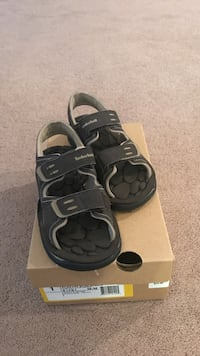 Timberland– boys sandals, sz 1.