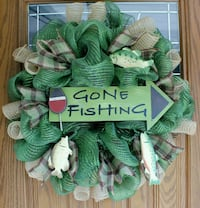 green and white Gone Fishing-printed wreath decor Corpus Christi, 78413