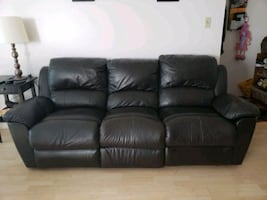 Recliner couch sofa