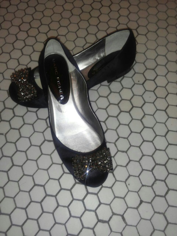 5cd615d26 Used Black shoes with Jewel for sale in Ottawa - letgo