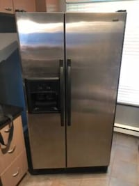 Stainless steel side-by-side refrigerator with dispenser Langley