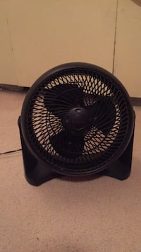 black and gray desk fan Arlington, 22209