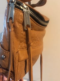 Bnwot ~ authentic Rebecca minkoff crossbody bag ~ tan leather  Surrey, V4N 6A2