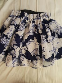 Navy and white floral skirt F21 Fairfax, 22030
