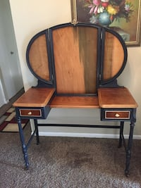 Antique vanity recently restored mirrors may  need to be restore asking 225 or best offer