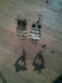 Two sets of earrings. $6 for both Winnipeg, R2C 1Y3
