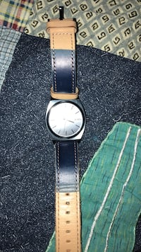 Nixon dress watch