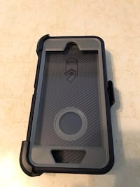 iPhone 7 or 8 . Case OtterBox  Toronto, M9W 6G9