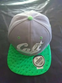 green and white fitted cap Las Cruces, 88001