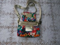 Coach poppy and matching wristlet Rancho Cordova, 95670