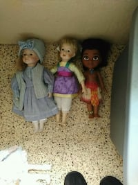 three assorted dolls Keaau, 96749